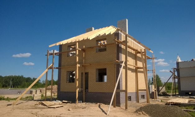 Znaczenie betonu w budowie fundamentów