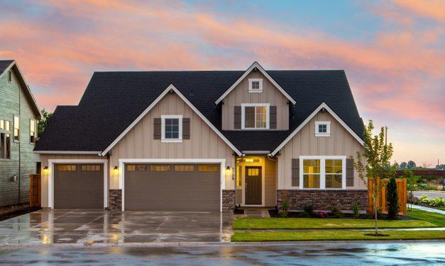 Panele fasadowe – poznaj główne zalety i wady